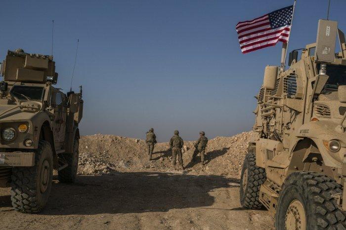 США снабжают боевиков гумпомощью ООН, заявили Россия и Сирия.