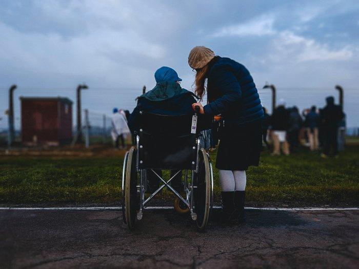Правом дополнительного отпуска смогут воспользоваться сотрудники, ухаживающие за инвалидами первой группы (Фото:unsplash.com)