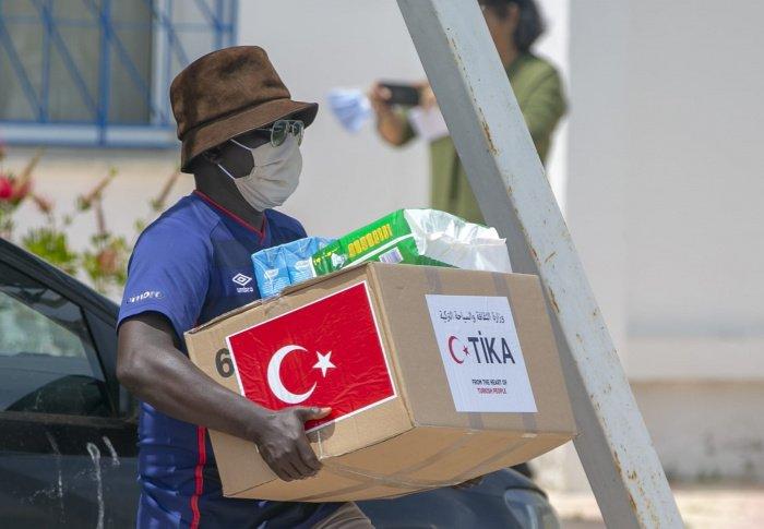 Тунис объявил об обнаружении британского штамма коронавируса.