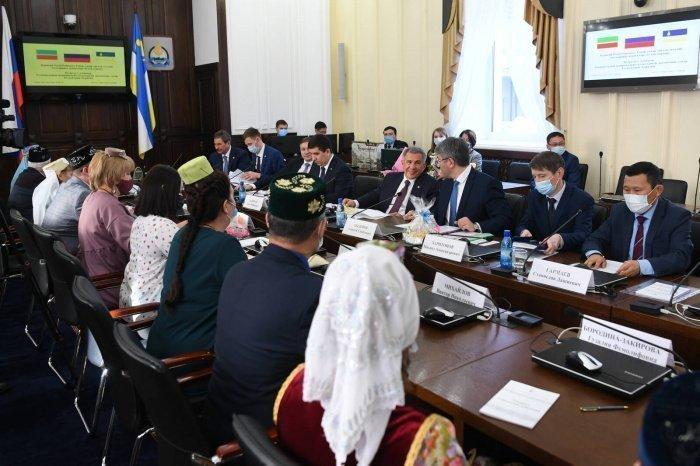 Делегация РТ с татарами-активистами Бурятии.
