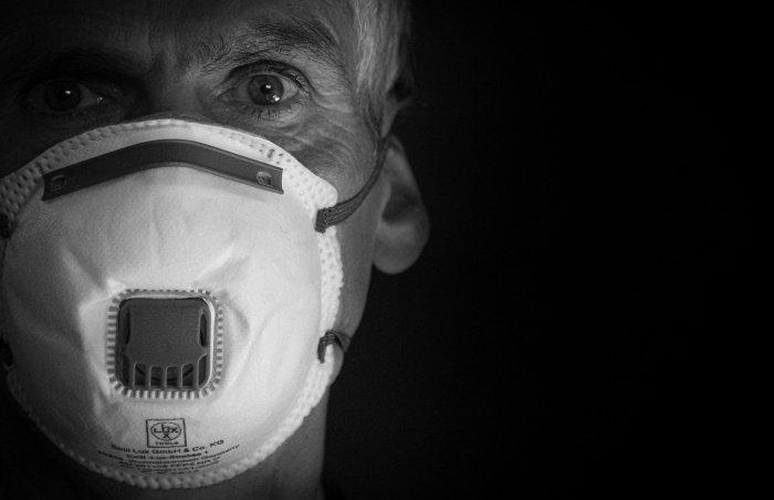 Больше всего сероположительных среди медицинских работников (Фото:pixabay.com).