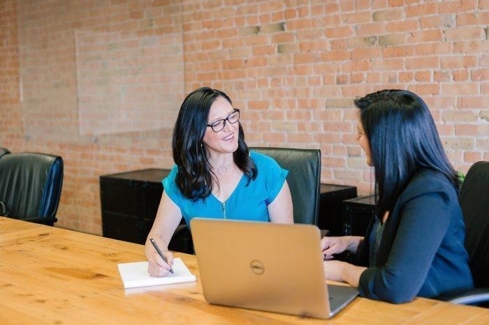 Для многих путь к лидерству был связан с общественной деятельностью (Фото: unsplash.com).