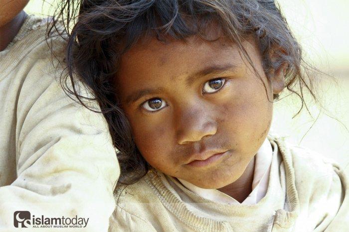 Разница между «бедняком» (мискин) и «неимущим» (факир).