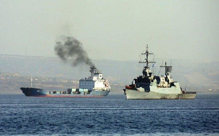 Израиль атаковал не менее десятка судов Ирана.
