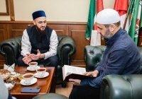 Муфтий встретился с известным богословом Дагестана Мухаммадрасулом Саадуевым
