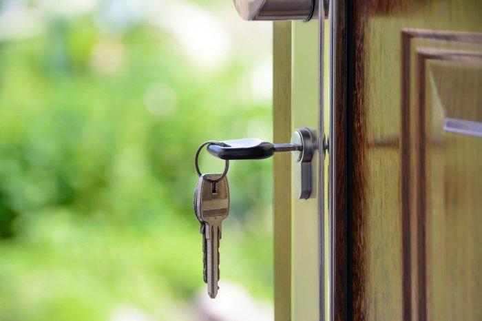 Редко кому удается самостоятельно оценить реальную стоимость квартиры (Фото: pexels.com).