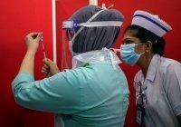 В Малайзии заплатят $12 тыс. за осложнения после вакцины от ковида