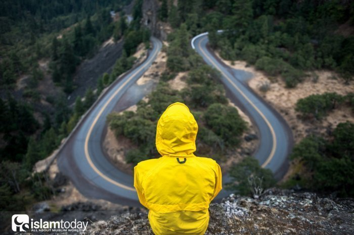 Пока человек не изменит себя, Аллах не изменит его положения (Источник фото: unsplash.com).