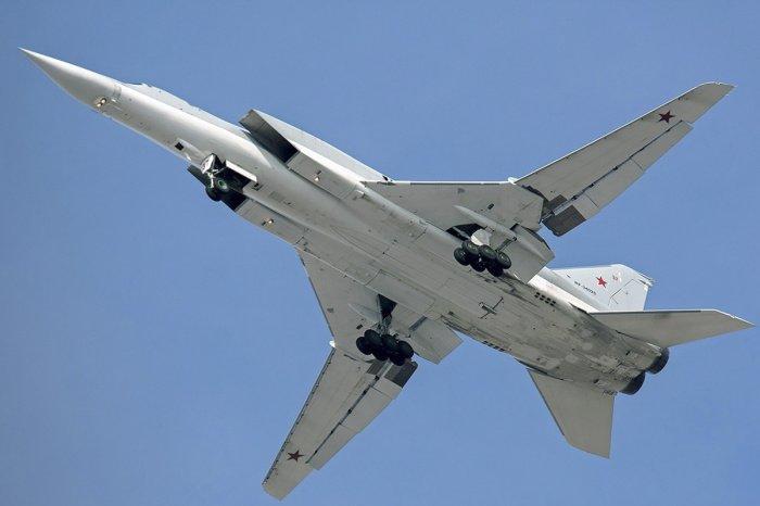 СМИ сообщили о крушении бомбардировщика на одном из российских аэродромов. (Фото: yandex.ru).