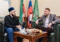 Муфтий Татарстана в прямом эфире пообщался с членами АПМ РФ