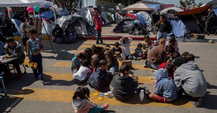 США - рекордный за последние годы приток детей-мигрантов без сопровождения взрослых. (Фото: yandex.ru).