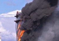 В Саудовской Аравии пожар охватил нефтяной терминал