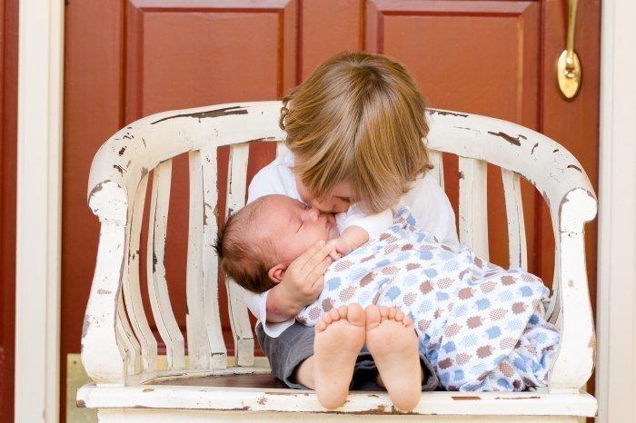 Женщине нужно родить первенца в возрасте 19-24 лет (Фото: unsplash.com).
