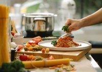 Диетолог посоветовала чаще готовить еду дома