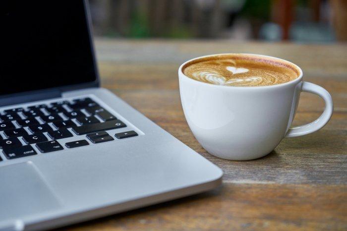 Кофе негативно влияет на нервную систему (Фото: unsplash.com).