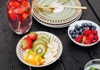 Диетологи перечислили необходимые весной фрукты