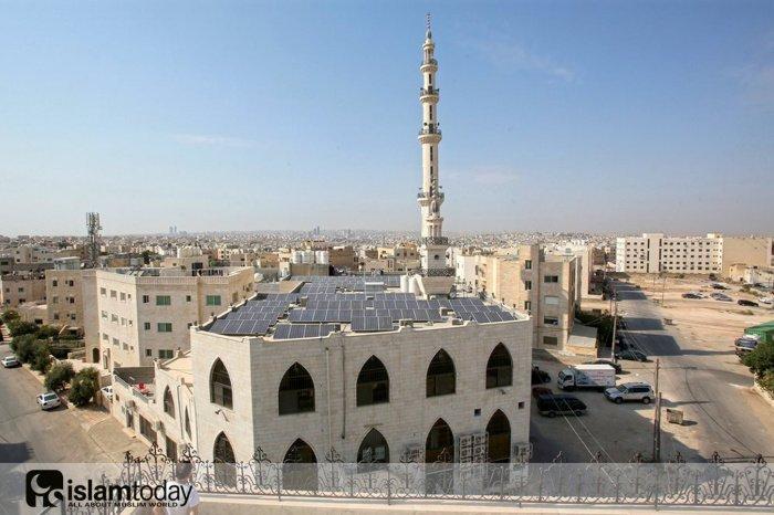 Как солнечные батареи и мечети заботятся об экологии (Фото: aramcoworld.com).