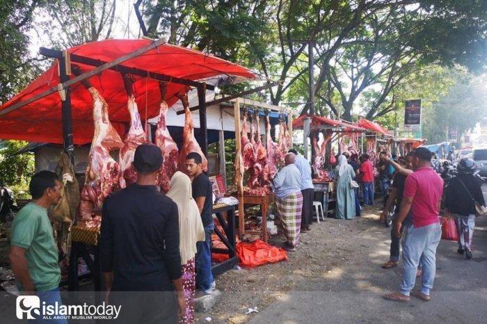 Мясной базар во время меуганга. Индонезия, провинция Ачех (Источник фото: google.com).