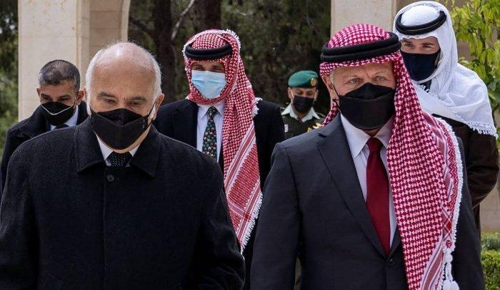 Фото, опубликованное иорданским королевским двором. (Источник: yandex.ru).