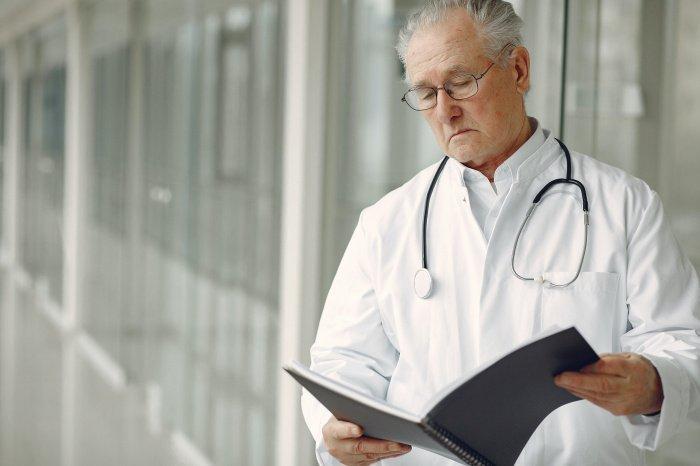 Россияне предпочитают лечиться в платных клиниках (Фото: pexels.com).