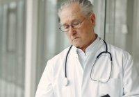 Известны самые популярные врачи в России