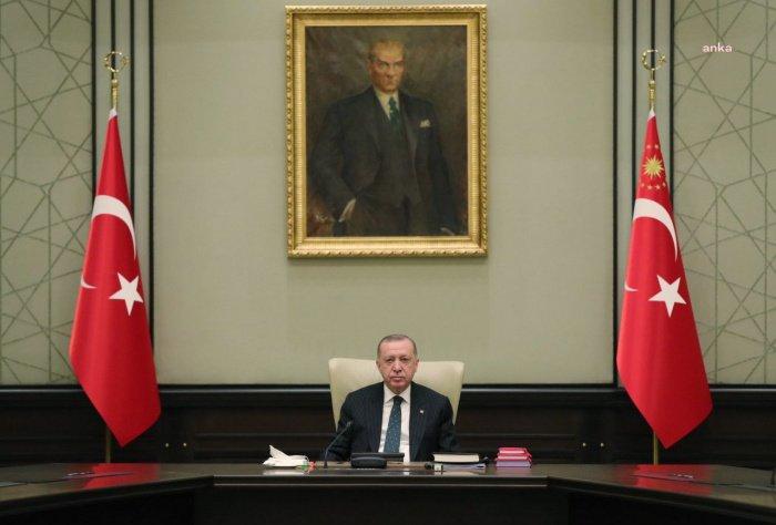 Эрдоган объявил об ужесточении мер против коронавируса в Рамадан