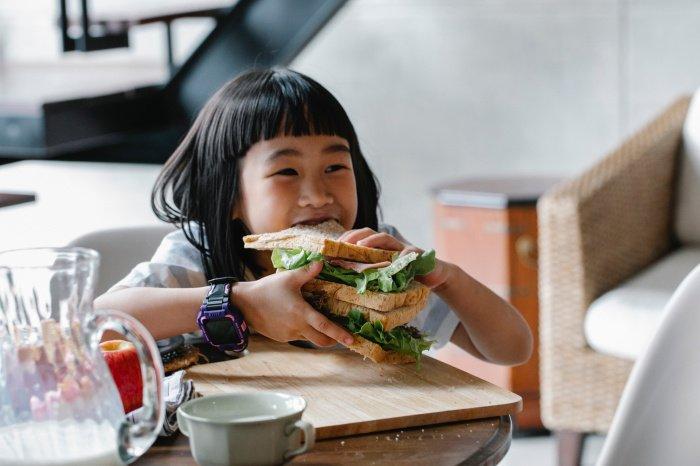 При угрозе резкого падения сахара организм начинает испытывать голод без особых причин (Фото: pexels.com).