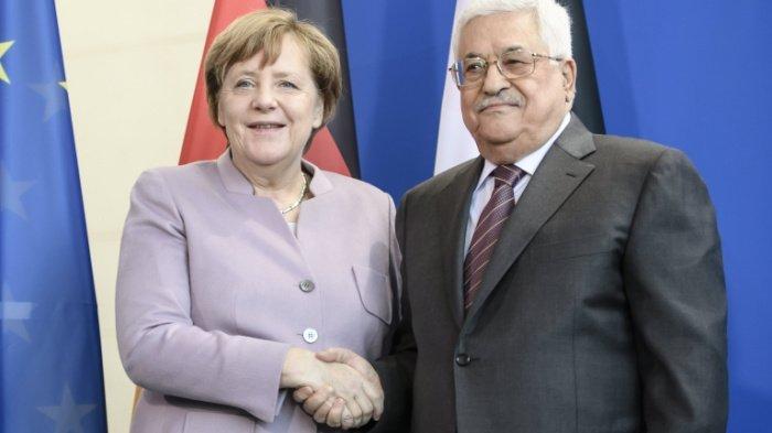 Аббас и Меркель на одной из предыдущих встреч. (Фото: yandex.ru).