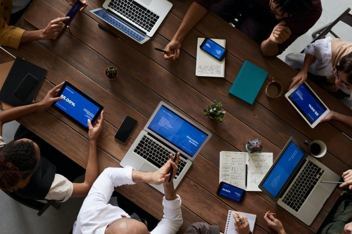 Россиянкам тяжело общаться с IT-специалистами (Фото: unsplash.com).