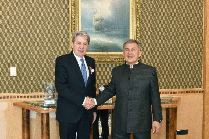 Рустам Минниханов с Григорием Орджоникидзе. (Фото: пресс-служба президента РТ).