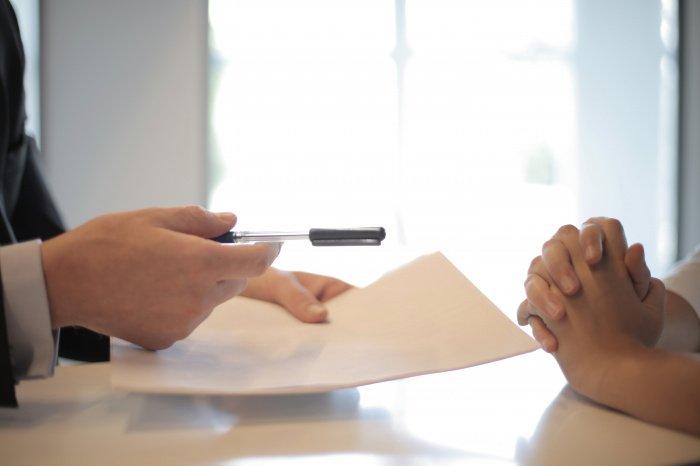 Гарантировать исполнение обязательств можно несколькими способами (Фото: unsplash.com).
