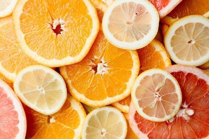 Стоит исключить мед, цитрусовые и молоко (Фото: pexels.com).