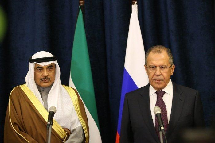Лавров и ас-Сабах на одной из предыдущих встреч. (Фото: yandex.ru).