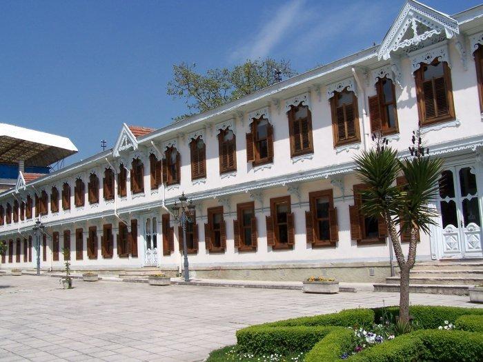 Один из корпусов дворца Йылдыз