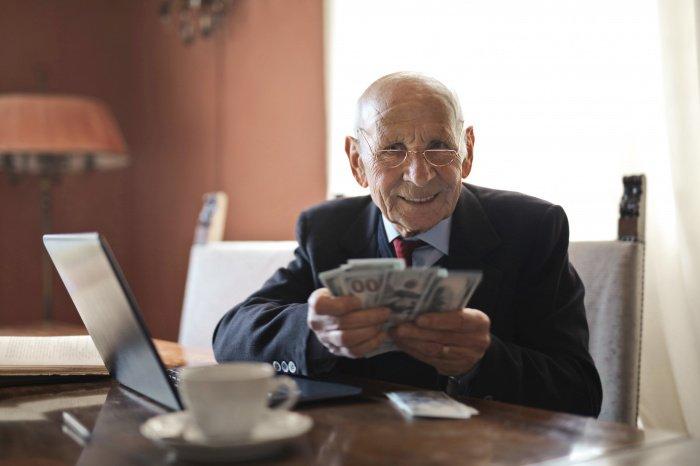 Важно накопить за период работы 21 пенсионный балл (Фото: unsplash.com).