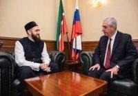 Муфтий встретился с Генеральным консулом Турции в Казани