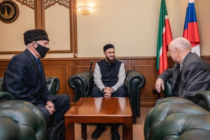 Участники встречи в муфтияте.