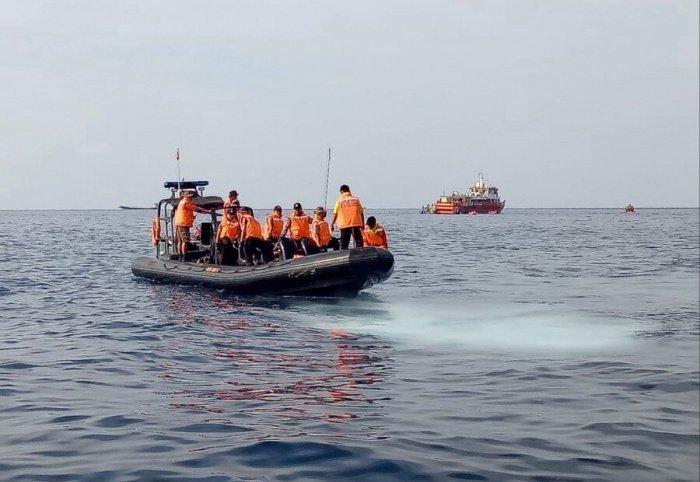 В районе пропажи субмарины продолжается поисковая операция. (Фото: yandex.ru).