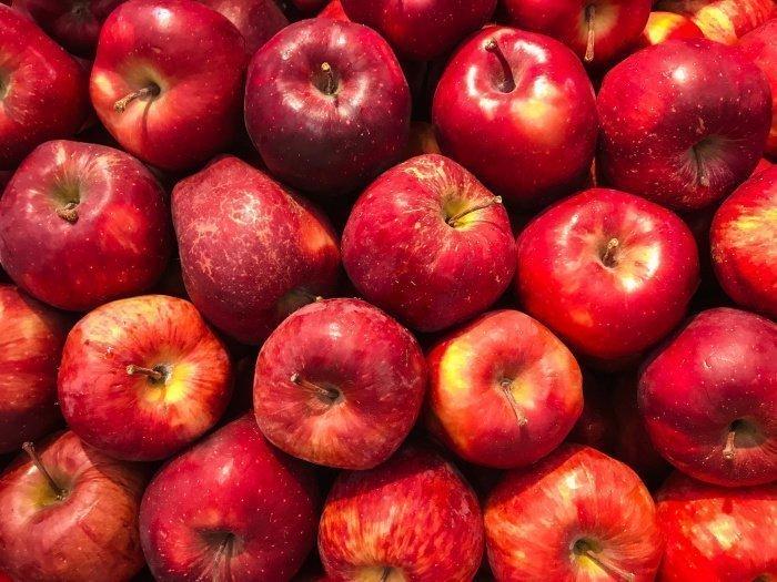 В составе яблок много витамина С (Фото: unsplash.com).