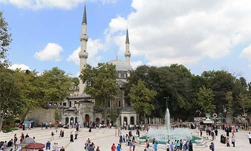 Мечеть Айюп Султан (Источник фото: google.com).
