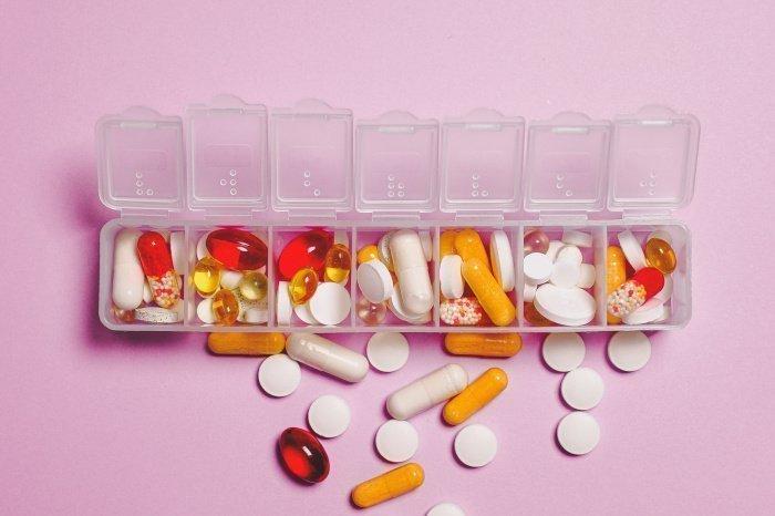 Витамин D достаточно бюджетная и безопасная добавка (Фото: unsplash.com).
