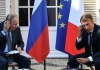 Путин и Макрон обсудили Карабах и коронавирус