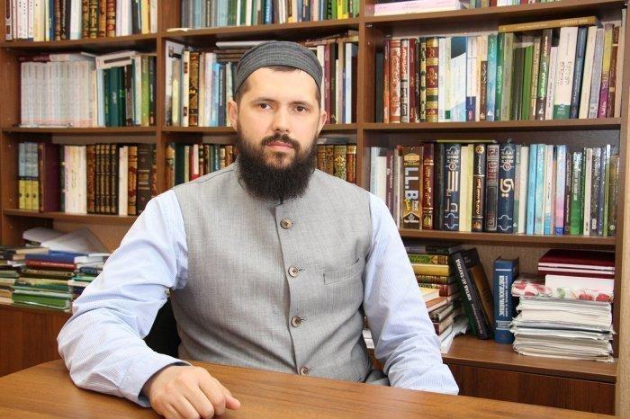 Доктор исламских наук Р.М. Нургалеев.