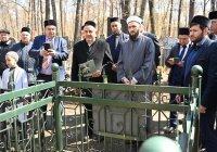 На Новотатарском кладбище при участии муфтия прошел День памяти наставников