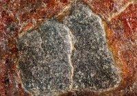 Опубликованы уникальные фото Черного камня Каабы
