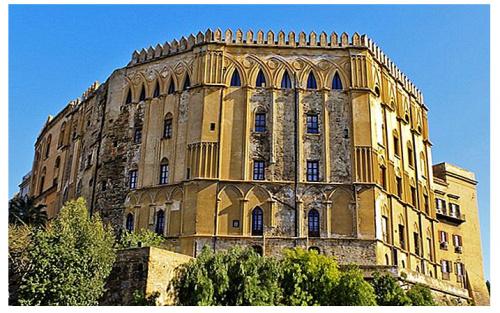 Норманский дворец (Палаццо деи Норманни), выстроенный в арабо-норманнском стиле. Палермо, Сицилия (Источник фото: ru.theplanetsworld.com)