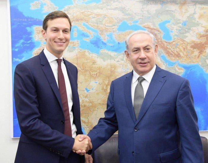 Джаред Кушнер и премьер-министр Израиля Биньямин Нетаньяху. (Фото: yandex.ru).