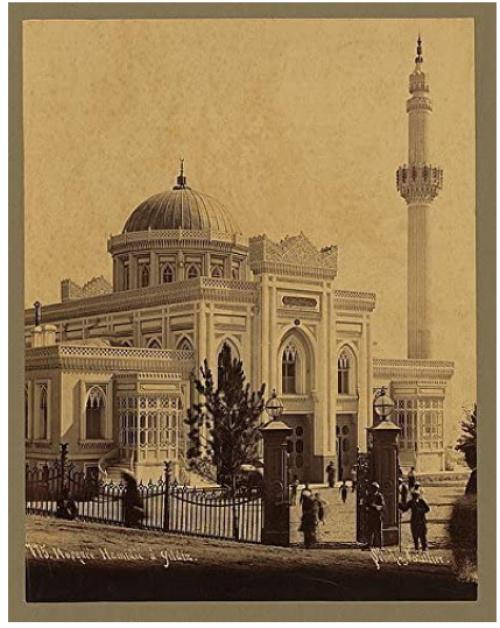 Мечеть Йылдыз Хамидийе (постр. в 1886 г.) на старинной открытке (Источник фото: amazon.com).
