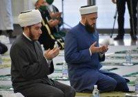 Мусульмане Татарстана на Республиканском ифтаре вознесли дуа за погибших (ФОТО)