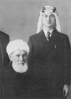 Садык Йошио Имаидзуми вместе с Абдурашидом Ибрагимовым